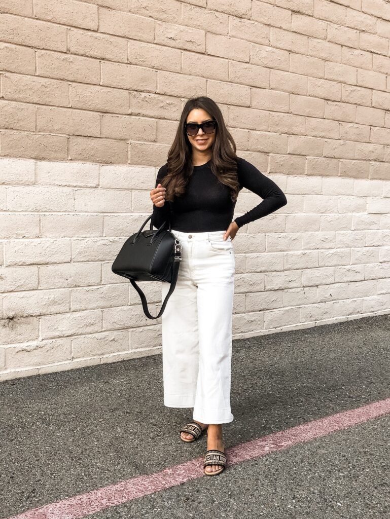 from blush to fuchsia | How to wear white after Labor Day - Wear white denim jeans for fall and winter.  Fall style inspo | fromblushtofuchsia.com | @fromblushtofuchsia